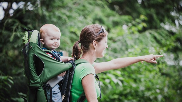 Porte bébé randonnée   choisir le meilleur porte bébé rando 1fcfccd7ca4